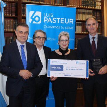Premio Luis Pasteur al mejor trabajo de investigación científica.